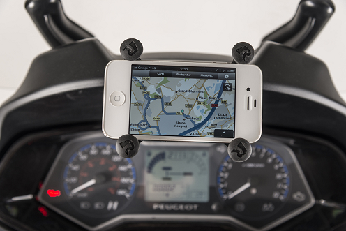 SUPPORT POUR IPHONE POSE SUR LE METROPOLIS 400 PEUGEOT