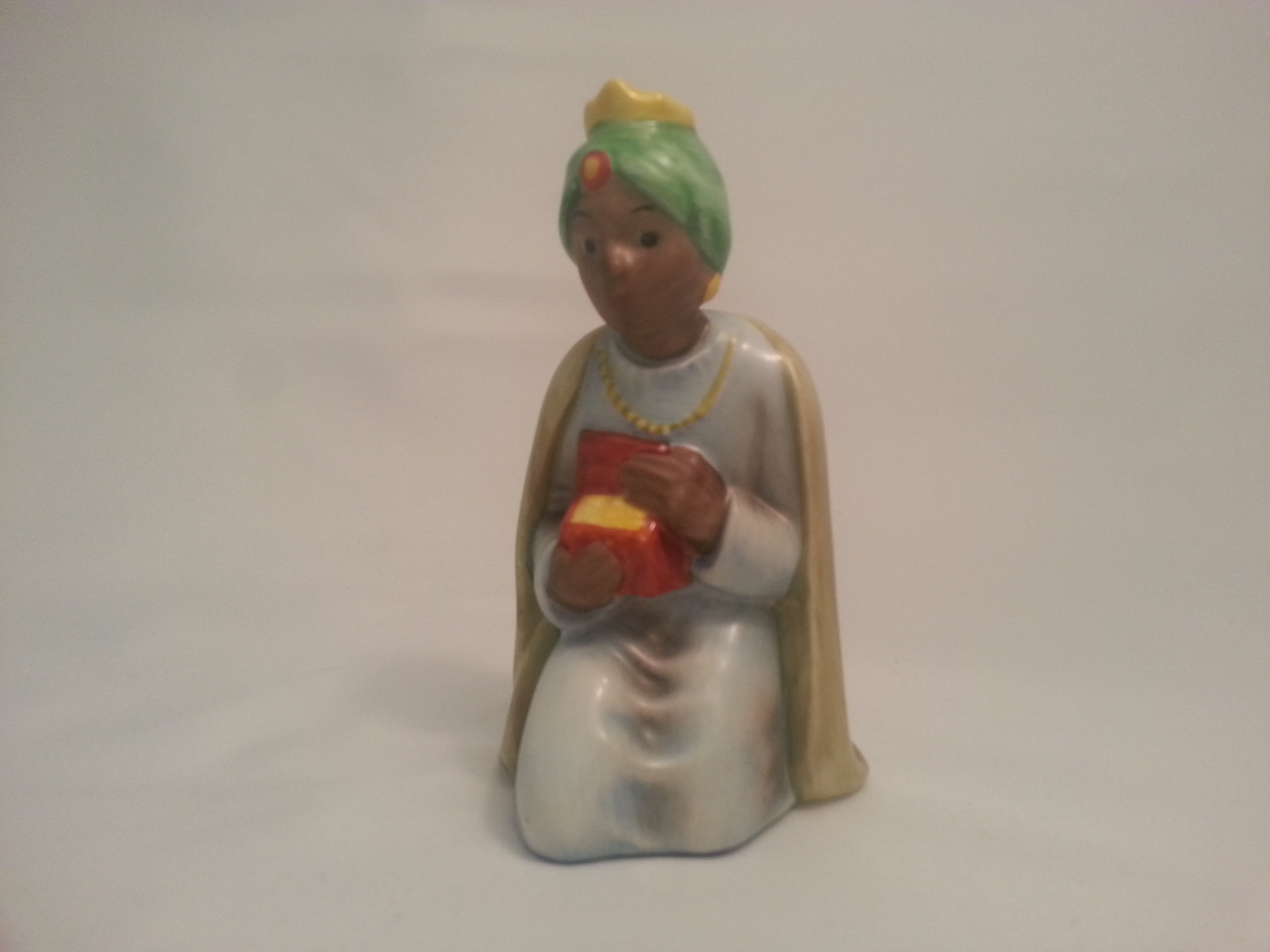 "Goebel, 46 562 10 (Code 6), Krippenfigur ""Moorish King"""