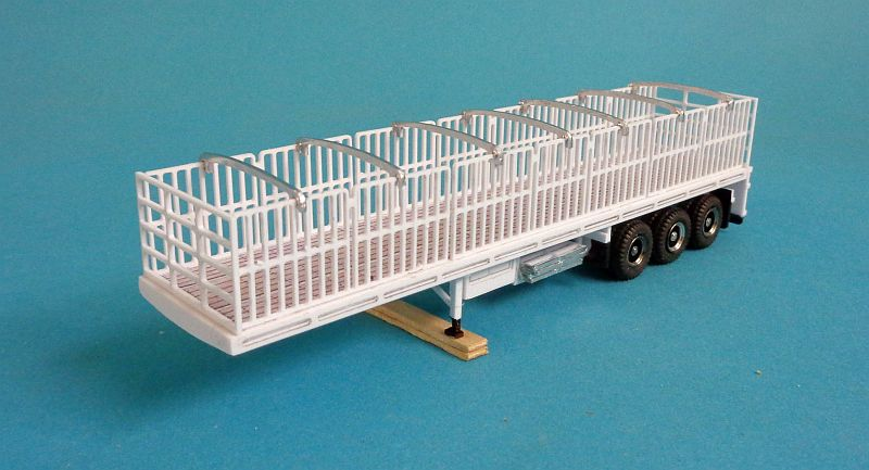 B-Trailer With Gates and cross Bar