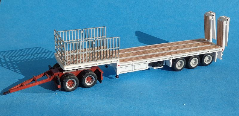 Drob Deck Trailer with Gates and Ramp no Dolly