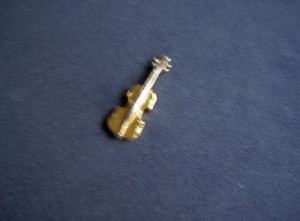 Anstecker Cello gold