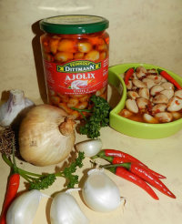 Knoblauch in Chili-Marinade