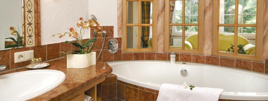 hotel ailwaldhof wellness hotel im schwarzwald natur resort in baiersbronn die zimmer. Black Bedroom Furniture Sets. Home Design Ideas