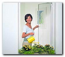 insektenschutz pollenschutz auch f r dachfl chenfenster lichtschachtabdeckungen. Black Bedroom Furniture Sets. Home Design Ideas
