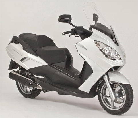 satelis 2012 peugeot scooter de profile droit