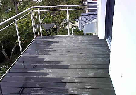 Garufi GmbH CMS website - Aussenbereich - balkon wpc-belag.jpg