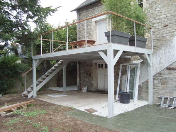 Construire Une Terrasse Sur Pilotis En Beton  ZimerfreiCom  Ides